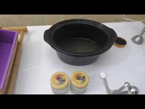 كيف تصنع صابون الصبار والفحم النشط بالطريقه الباردة Youtube Iron Pan Cast Iron Pan Cast Iron