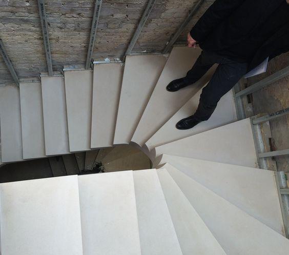 The magic formula between risers and goings © The Stonemasonry Company - www.thestonemasonrycompany.co.uk
