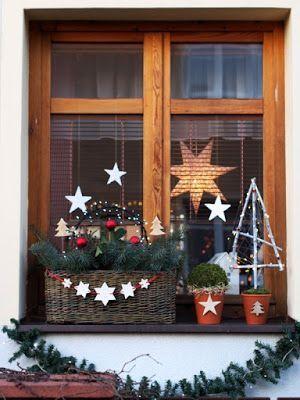 Addobbi Natalizi Balconi.Decorazioni Natalizie Per Addobbare Finestre E Balconi 20 Idee Per Voi Nel 2020 Decorazioni Natalizie Idee Di Natale Ornamento Di Natale
