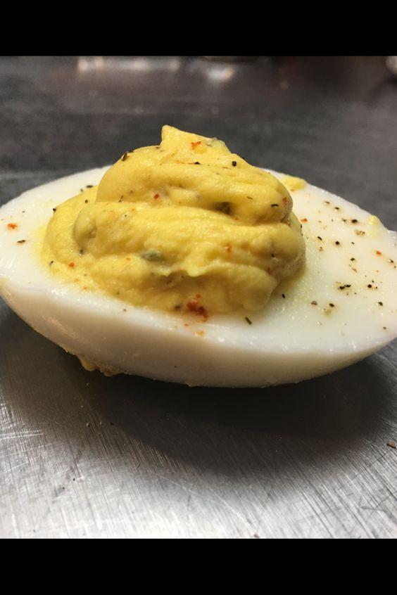 Classic Southern Deviled Eggs Recipe