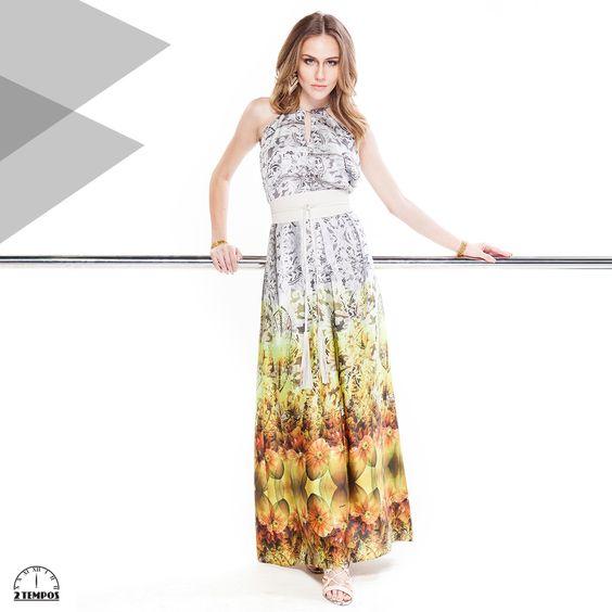 Ideia pra essa estação: vestido longo!! O mix de estampas botânica e étnica segue muito forte para o verão.
