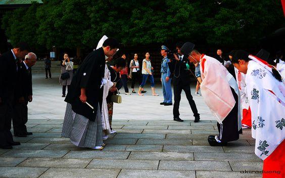 Ở đất nước Hàn Quốc việc chào hỏi rất được xem trọng