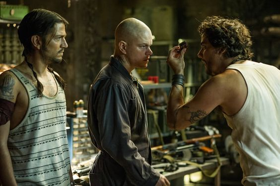 Elysium Matt Damon muscled and tattooed in a new photo: Full Movie, Diego Luna, Movies Tv, Director Neill, Matt Damon, Movies 2013, Damon Diego, Damons Elysium