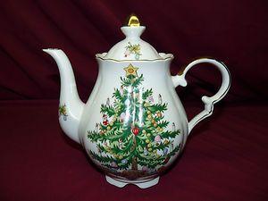 Vintage Lefton Christmas Teapot #1658 $30.00 - SOLD