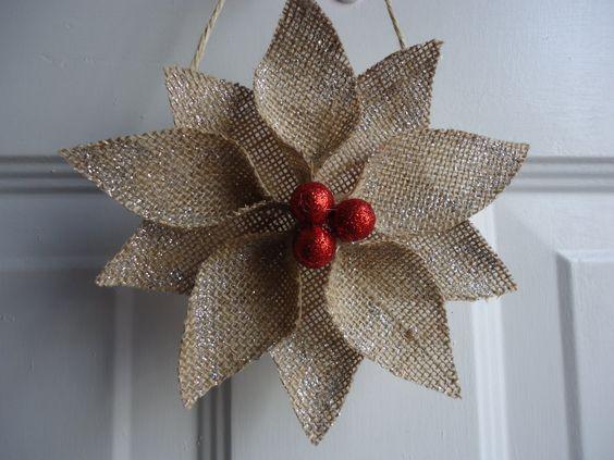 Toile de jute Noël ornements Poinsettia de par adorableaDOORnments