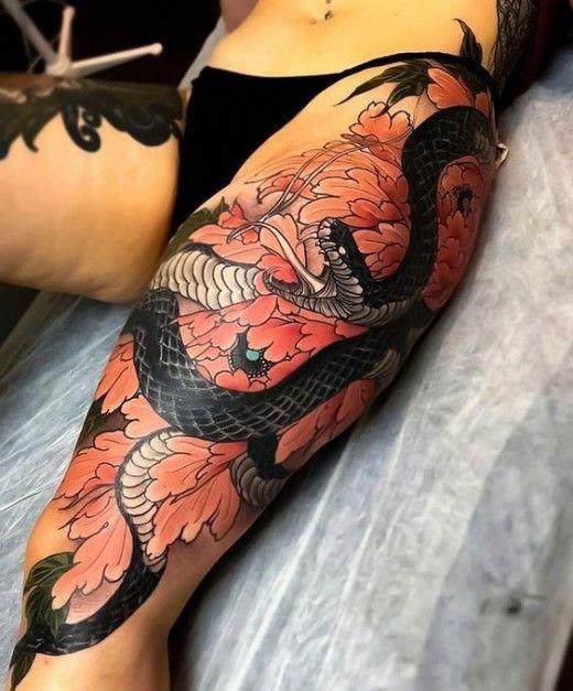 Japanese Snake Tattoos Hebi Tattoo Symbolism Design Ideas Japanese Snake Tattoo Japanese Tattoo Leg Tattoos