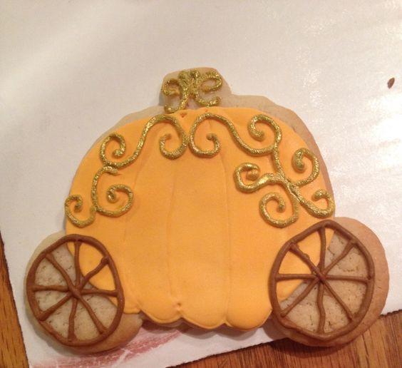 Cinderella pumpkin cookie