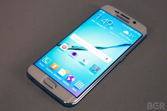 Your phone has Alzheimer's! The new Samsung Galaxy S6 has a metal and glass body - and no room for a memory card.