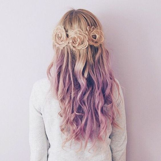 Pastel purple ombre  balayage hairstyle of blonde hair girls~ nice lavender purple color idea