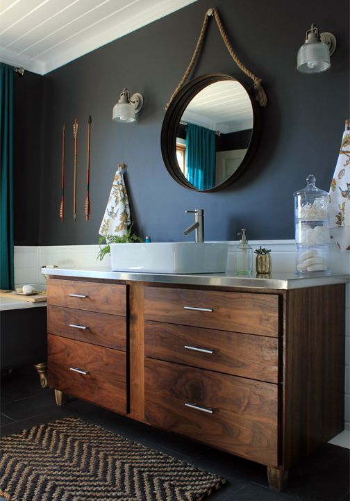 DIY Home Renovations: Bathroom love the colour combo