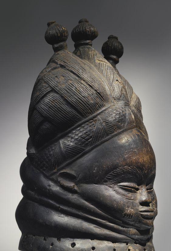 Mende Ndoli Jowei (Sande Sowei Helmet Mask), Sierre Leone http://www.imodara.com/item/sierra-leone-mende-ndoli-jowei-sande-sowei-helmet-mask/