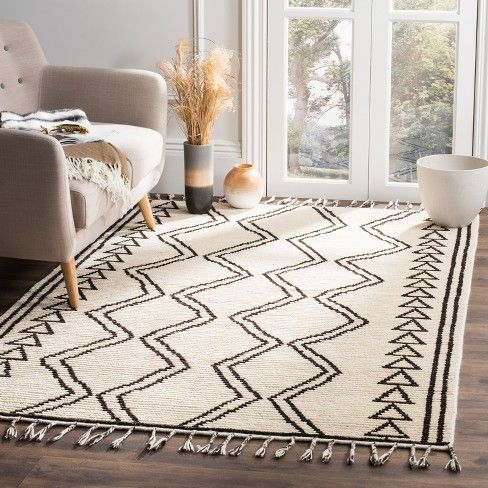 Ivory Black Tribal Design Knotted Area Rug 8 X10 Safavieh
