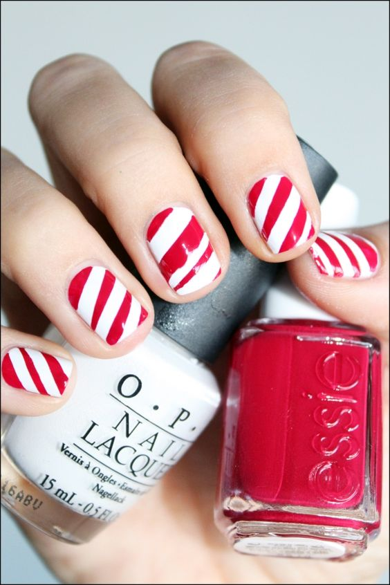 candy cane nails {cute for the holidays!}: Candycane Nails, Candy Cane Nails, Christmas Nails, Candy Canes, Hair Nails, Nail Design