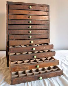 Great Vintage Printers Drawer Cabinet. Would Be Great For Jewelry Or Pin Storage.