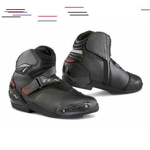 Motorcycle Boots RevZilla in 2020 | Motorcycle shoes
