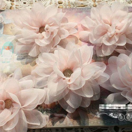 Pas cher L113 6 pcs/lote magnifique lumière rose 3D main en mousseline de soie Lotus Applique bricolage artisanat   livraison gratuite, Acheter  Patches à coudre de qualité directement des fournisseurs de Chine:10x Black Dancing Girl Sequin Applique Clothing Accessory DIY Craft - Free ShippingUSD 13.50/lotL113 6pcs/lot Gorgeous L