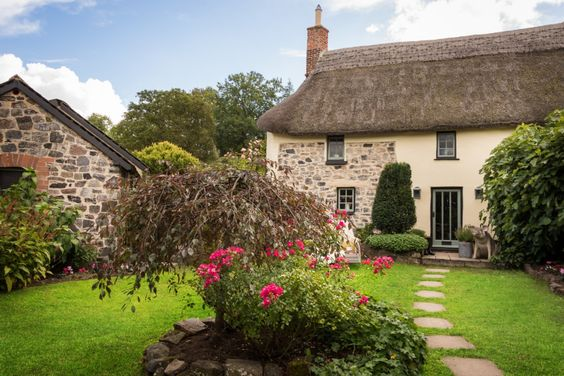 Sojourn luxury self-catering cottage on Dartmoor, luxury self-catering home stay on Dartmoor in Drewsteignton:
