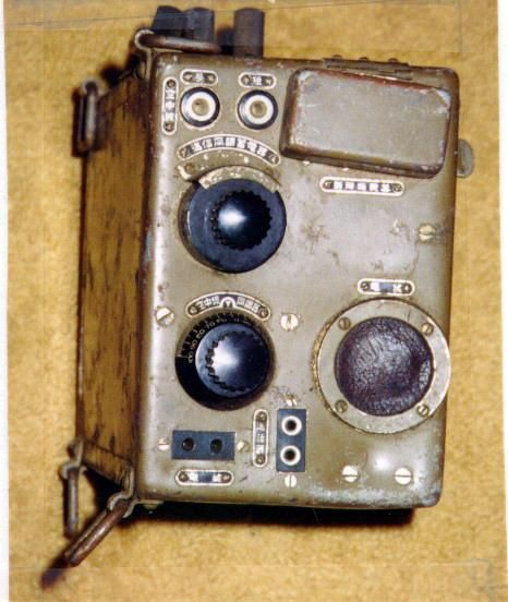 japanese wwii radio mk66 controls