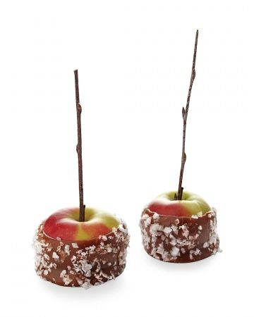 Salted caramel apples with a fall flair