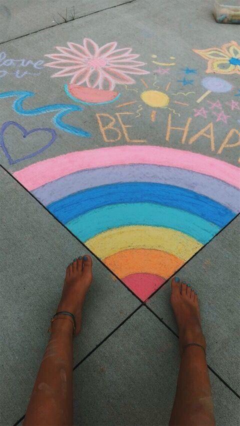 Sidewalk Chalk Drawing Idea With Images Sidewalk Chalk Art