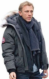 Canada Goose chateau parka replica official - Daniel Craig looking cozy in his Chilliwack Canada Goose Bomber ...