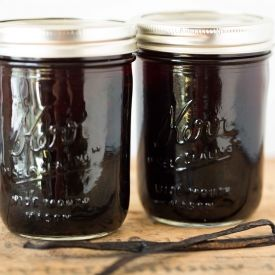 Homemade Vanilla Extract - Learn how to make your own vanilla and save yourself some $$