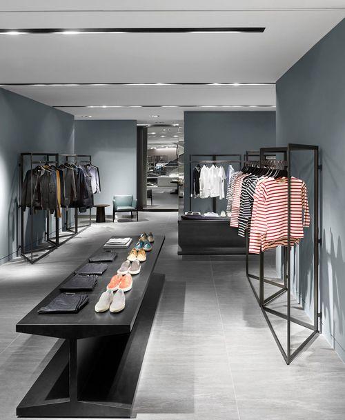 Galleria Luxury Hall West Mens Store Designed by Burdifilek