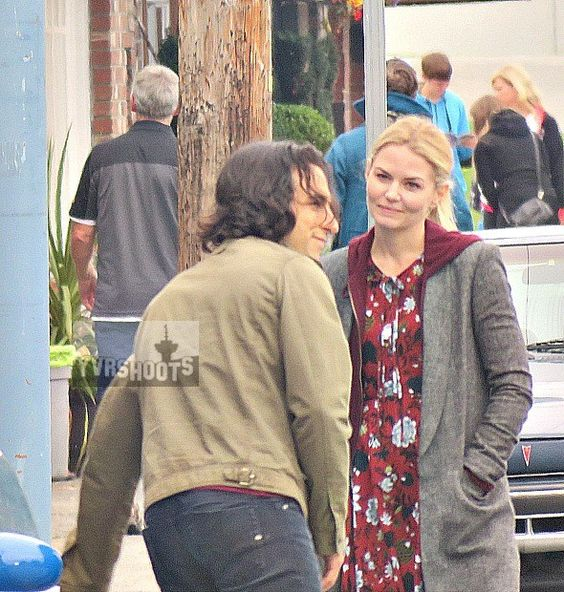 "Jennifer Morrison and Deniz Akdeniz - 6 * 6 "" Dark Waters"" - Behind the scenes - 7 September 2016"