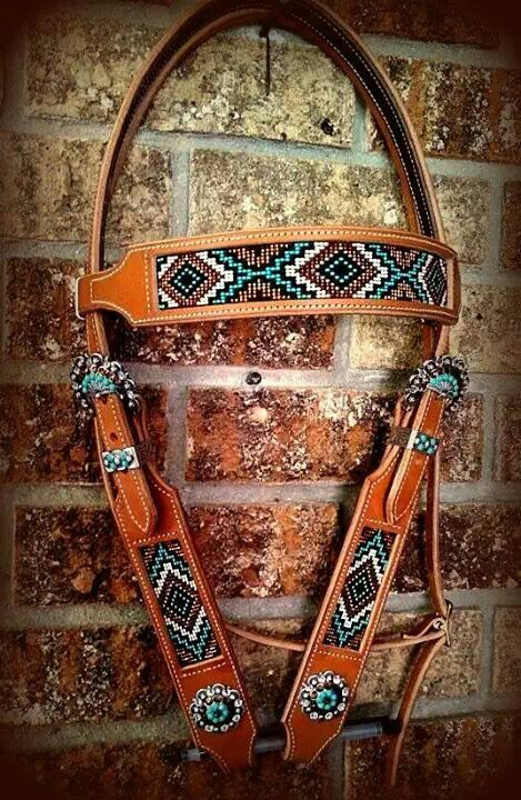 Beaded headstall with a brow band, Beautiful Tack!  Visit us at www.pasturaslosalazanestx.com for Racing Tack and other Horse supplies!