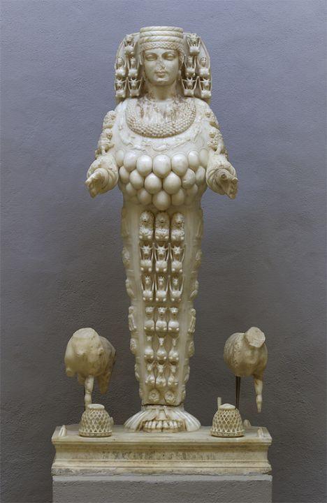 Artemis Heykeli.  Efes Museum, Türkiye