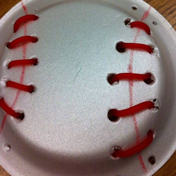Baseball Activities for Your Little Preschoolers ~ Find lots more activities and printables at HowToHomeschoolMyChild.com