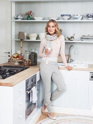 Schnittmuster: Hose - breite Saumbündchen - Weitere Hosen - Hosen - Damen - burda style