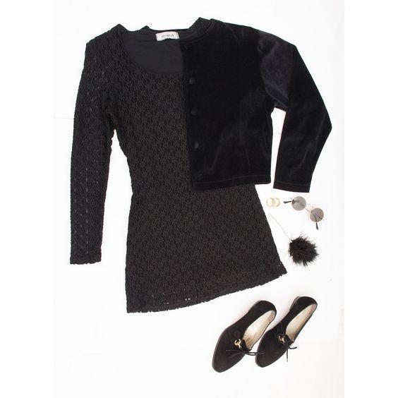 #blessthatdress #vintage #deadstock #blackdress #littleblackdress #laceblackdress #90s #vintagefashion #outfit #set #blackoutfit