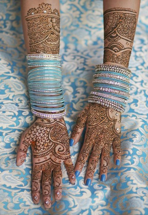 Henna by Aarti.P