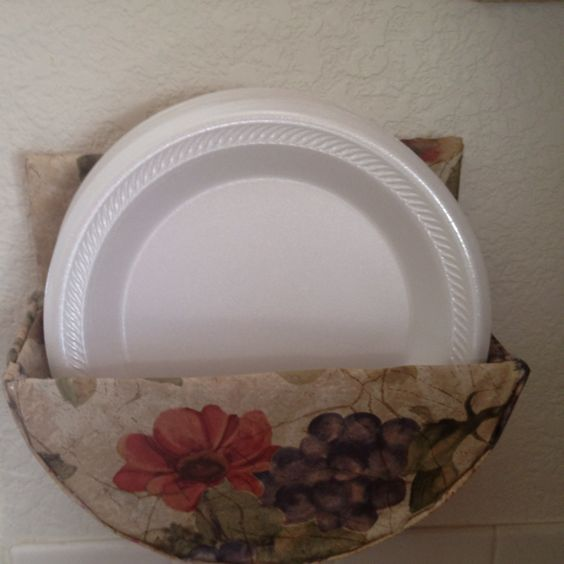 Paper Plates Plate Holder And Plates On Pinterest