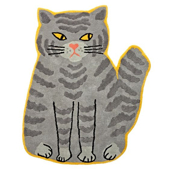 This chubby cat rug may be grouchy through and through, but the intricate…