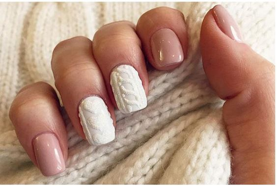 knitted nails style: