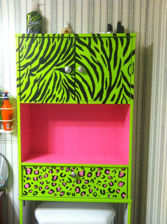 My hand painted over the toilet bathroom shelf <3 Lime green, hot pink, zebra print and leopard print... My favorite things :) ❤