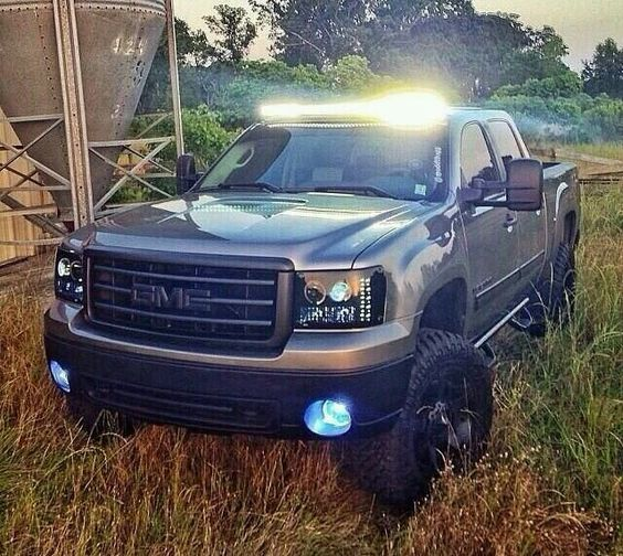 Lifted gmc