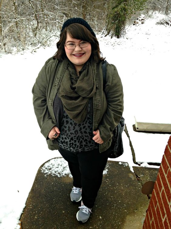 Unique Geek: Plus Size OOTD: Olive You #plussize #plussizeblogger #plussizeoutfit #plussizefashion #leopard #newbalance #winteroutfit #plussizewinteroutfit #oliveandblack: