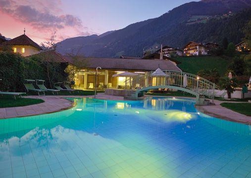Freibad - Wellness und Sport Hotel Stroblhof St. Leonhard in Passeier bei Meran Südtirol Italien