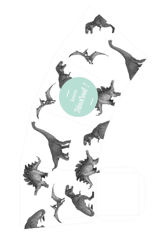 POP CORN ET DRAPEAUX DINO ! Et c'est parti pour une nouvelle série de décorations de soirée! Mon nouveau thème? Les dinosaures ! Bon d'accord les dinosaures c'est une passion qui occupe pas mal de mon temps, des affiches dino, des dinosaures en plastiques bombés … Voici le premier DIY de la soirée dino ! …