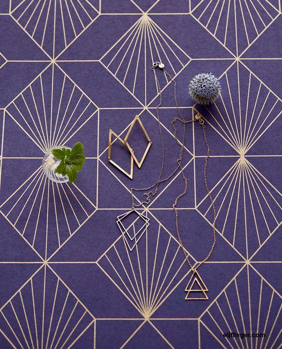 Behang uit de collectie Geonature van Eijffinger #paars #purple #wallpaper
