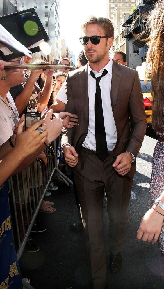 Ryan Gosling in Gucci makes a brown suit look amazing. | Dapper