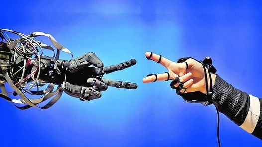Mitos del futuro próximo; por Federico Kukso: http://bit.ly/KvKPnD // Imagen hallada en artículo del link; ¿sin autor conocido?