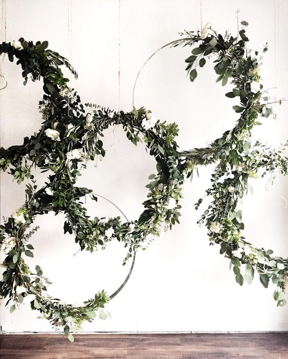 Greenery vine wreath backdrop: