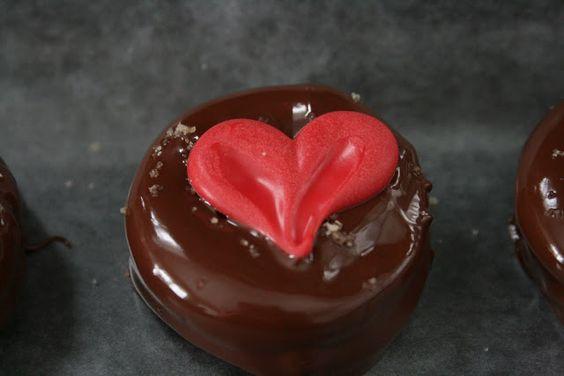Sea Salt Chocolate Covered Oreos | {So Wonderful, So Marvelous}