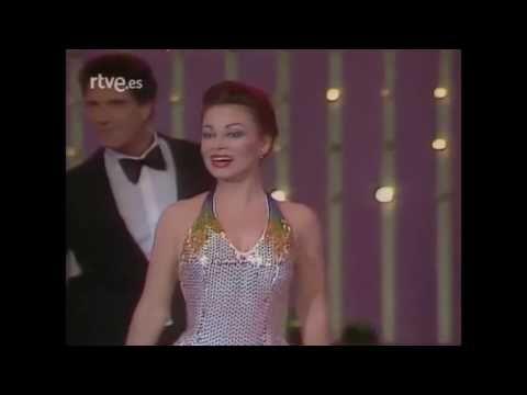 Paloma San Basilio 20 Grandes éxitos Sus Mejores Canciones Youtube Vestidos Formales Basilio Paloma