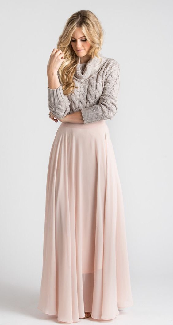 Omg literally the exact look I want for my winter wedding bridesmaids! Cable Knit + Maxi = Perfection! Morning Lavender Boutique
