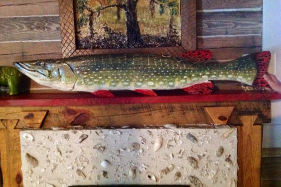 Northern Pike Taxidermy 54 Chainsaw Wooden Trophy Fish